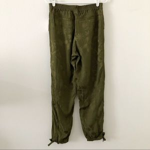Anthropologie Pants - Anthropologie Green Printed Ankle Tie Jogger Pants